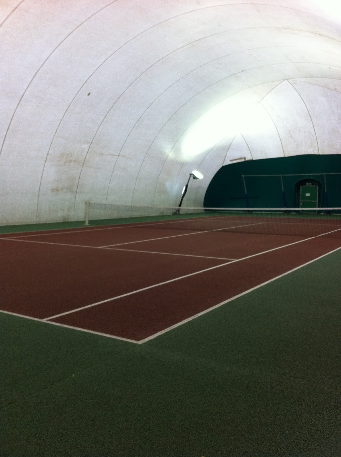 A new racket  for my partner    new balls and a perfect playing surface    what more could you ask for  We had a great game  The ceiling height here  is much. Encore On Court  a tennis tour of Paris  Tennis Poterne des