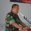 Kasrem 141/Tp Letkol Inf Bobbie Triyantho, S.I.P. Tutup Latihan Posko I Yonif 726/Tml