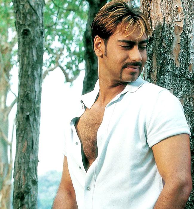 Shirtless Indian Celebrities Ajay Devgan-3506