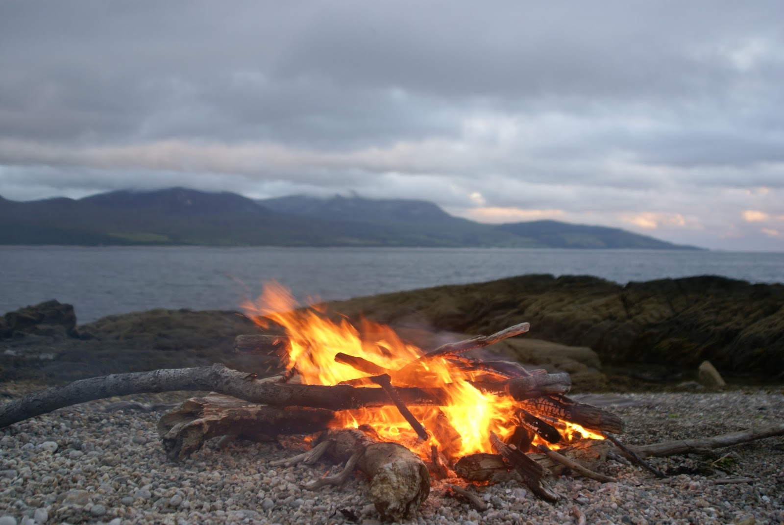 mountain and sea scotland a fire on kintyre. Black Bedroom Furniture Sets. Home Design Ideas