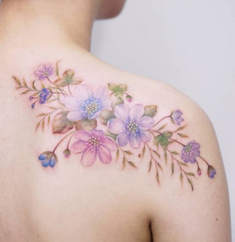 10 trendiest watercolor tattoos for women awesome tat. Black Bedroom Furniture Sets. Home Design Ideas