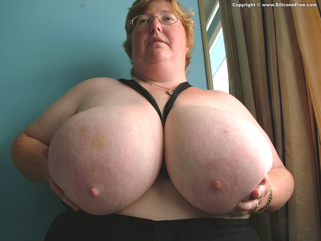Giant huge tits mature bbw, drugged girl humped