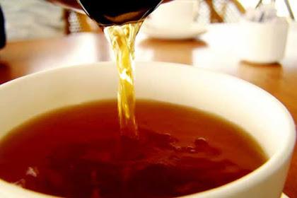 12 Manfaat teh hitam untuk kesehatan yang luar biasa