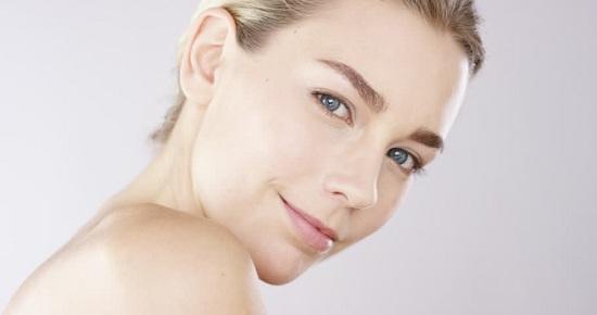 6 Cara Mencerahkan Wajah yang Ampuh dan Cepat Secara Alami