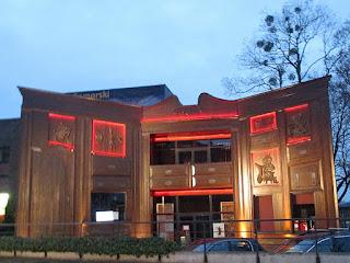 http://www.turystyka.torun.pl/art/568/teatr-baj-pomorski.html