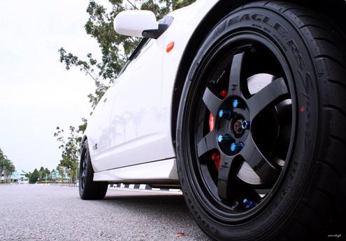 10 Pelek Mobil Trendy di Tahun 2012