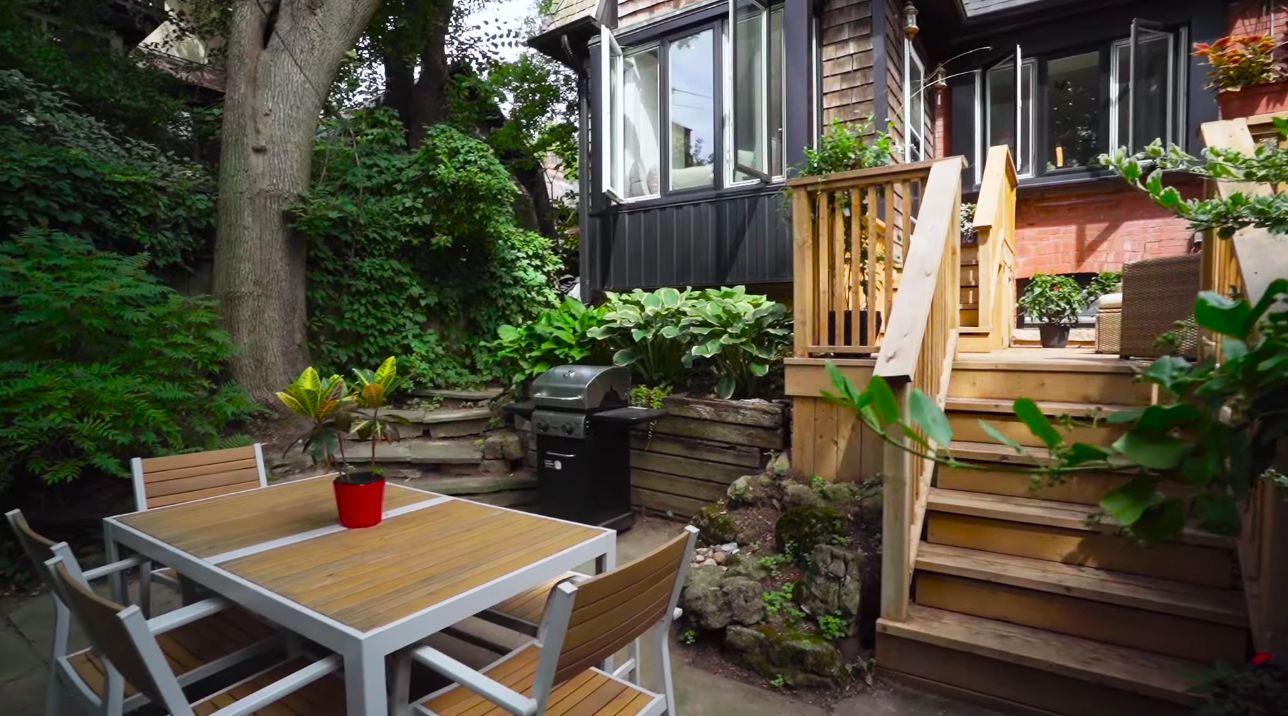 27 Photos vs. 15 Summerhill Gardens, Toronto, ON - Luxury Home & Interior Design Tour
