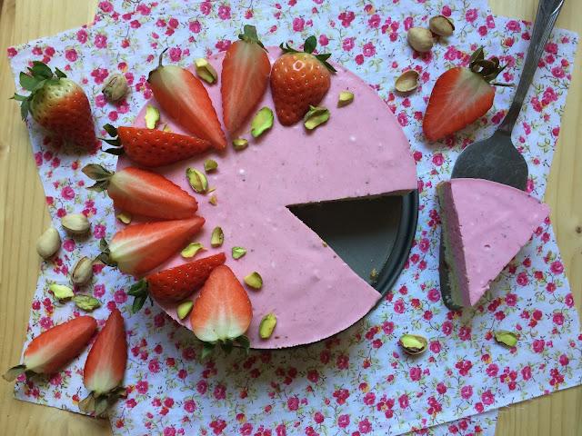 tarta mousse pistacho fresa receta