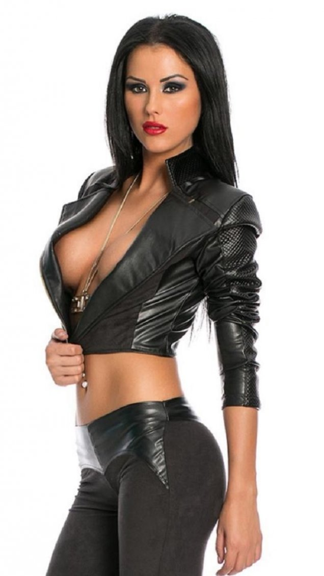 Girl in tight leather pants charlotte springer is posing topless on the cam