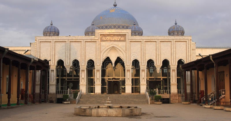 Pemerintah Tajikistan Ubah Masjid Jadi Bioskop