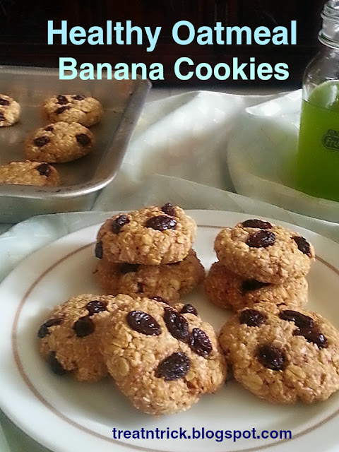 Healthy Oatmeal Banana Cookies Recipe @ treatntrick.blogspot.com
