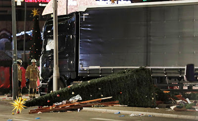 Andrej Karlov, Ankara, Berlin, terrorcselekmény, berlini terrortámadás, teherautós terrortámadás, Breitscheidplatz
