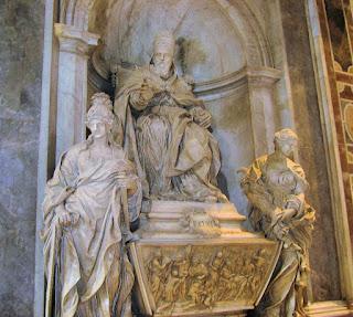 Algardi's funeral monument for Pope Leo XI