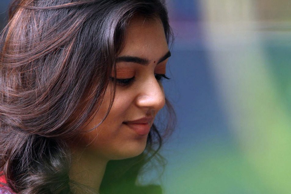 Telugu Actors Hd Wallpapers 53 Wallpapers: Actress Hot Vedios: Nazriya Nazim Tamil Actress Photos