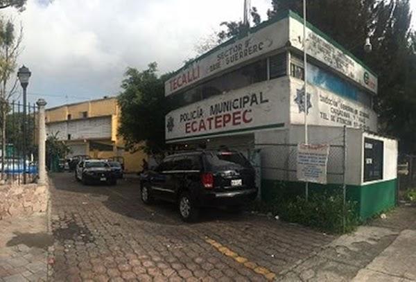 Asaltan a policías de Ecatepec y se llevan 24 armas