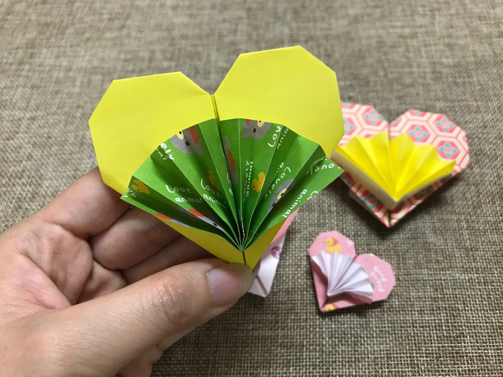 Tutorial 31 Origami Heart With Little Fan The Idea King