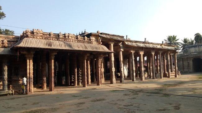 Thiruvalanchuzhi Temple Complex