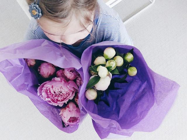 Die 3 besten & wirkungsvollsten Pflegetipps für Pfingstrosen | Was tun, wenn Pfingstrosenknospen nicht aufblühen | www.mammilade.blogspot.de