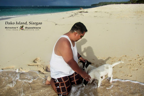Dako Island with Dogs Siargao - Schadow1 Expeditions