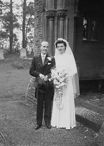 Vintage Wedding Photos from 1930s1950s  vintage everyday