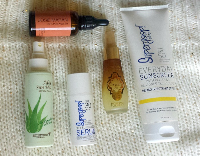 My Winter Skincare Routine for Combination Dehydrated Skin, skinfood aloe sun mist, supergoop! city sunscreen serum, supergoop! everyday sunscreen, review
