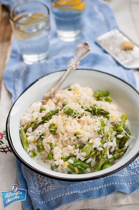 Wiosenne risotto z zielonymi szparagami przepis