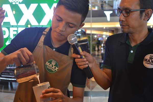 maxx coffee tawarkan paket hemat