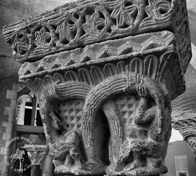 TOULOUSE (31) - Chapiteaux romans du Prieuré Notre-Dame de la Daurade (1120-1130)