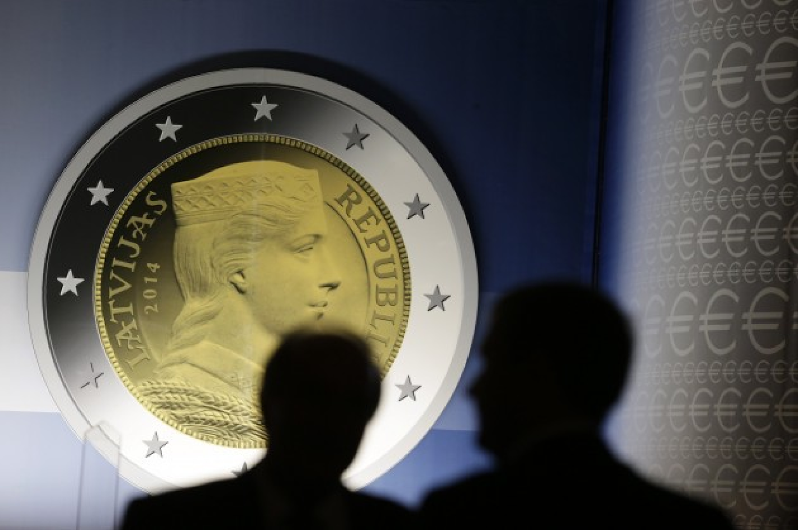 f148d6cef26 Γερμανία και ΕΚΤ εξαιρούν μόνο την Ελλάδα από την αγορά ομολόγων - Το