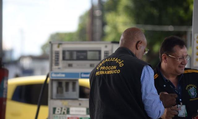 Procon disponibiliza canal de denúncia para preços abusivos de combustíveis