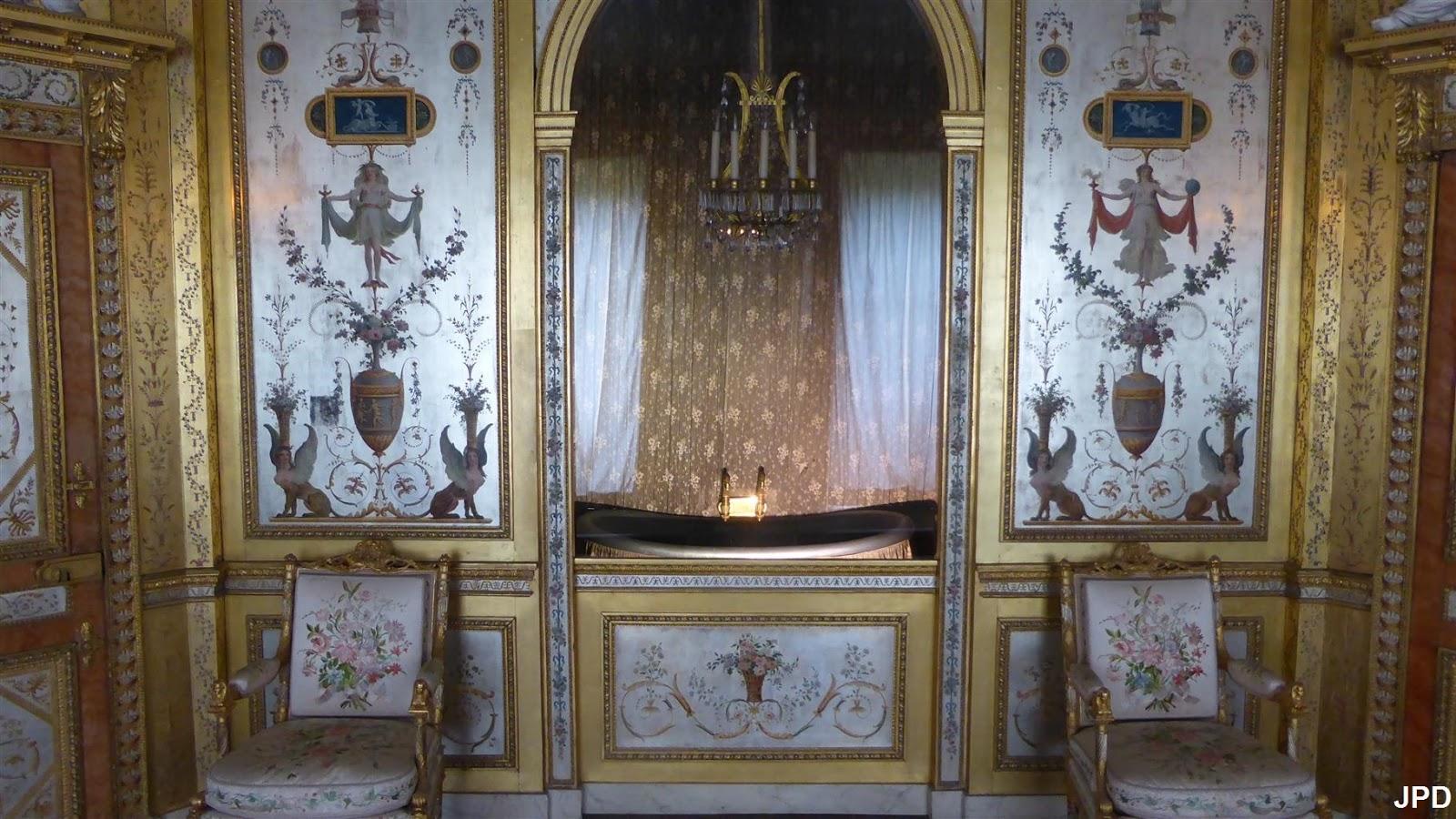 Paris bise art : château de fontainebleau (8)   vers la chambre de ...