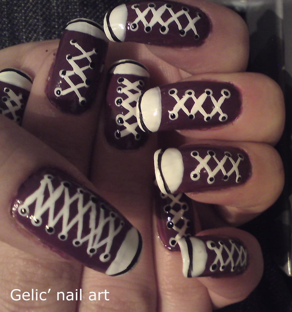 Nail Art Couture Converse Nail Art: Gelic' Nail Art: Purple Converse Shoes Nail Art