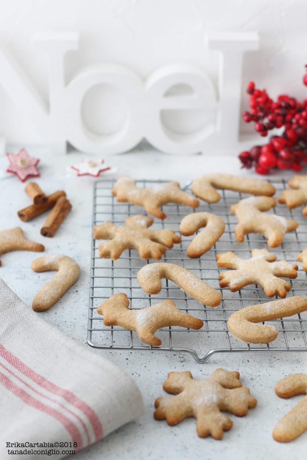 Biscotti Classici Di Natale.Biscotti Di Natale Speziati La Tana Del Coniglio