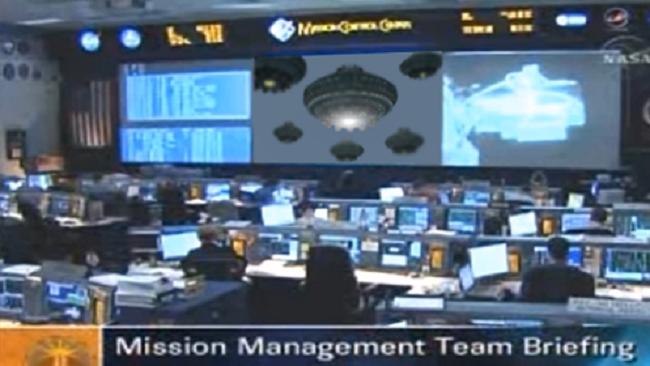 Η NASA διέκοψε μια ζωντανή μετάδοση  μετά την παρατήρηση πολλών UFO κοντά στο ISS