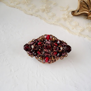 burgundy, pomegranate, red. vintage style jewelry. mdmButiik. red brooch