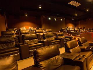 selama ini sebagai penikmat film mungkin hanya  Daftar Bioskop-Bioskop Independen di Indonesia