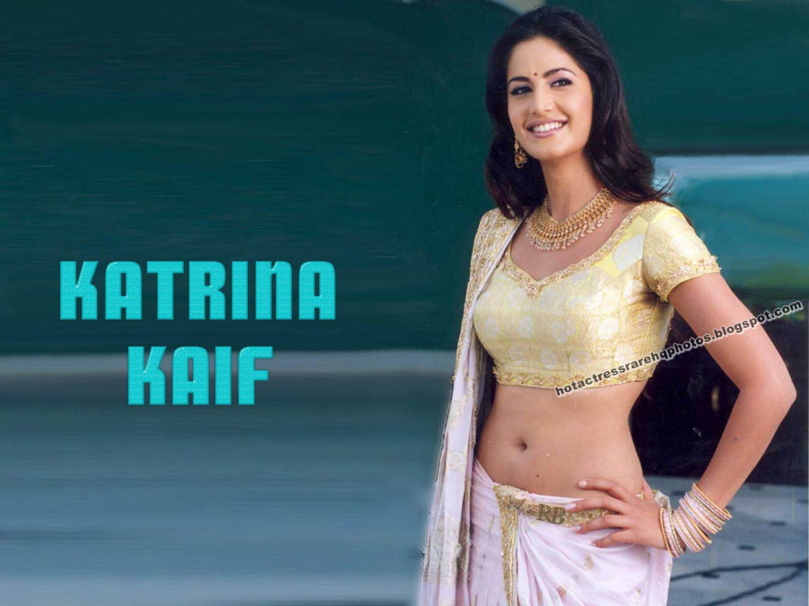 Katrina kaif seductive navel show - SEDUCTIVE ACTRESS