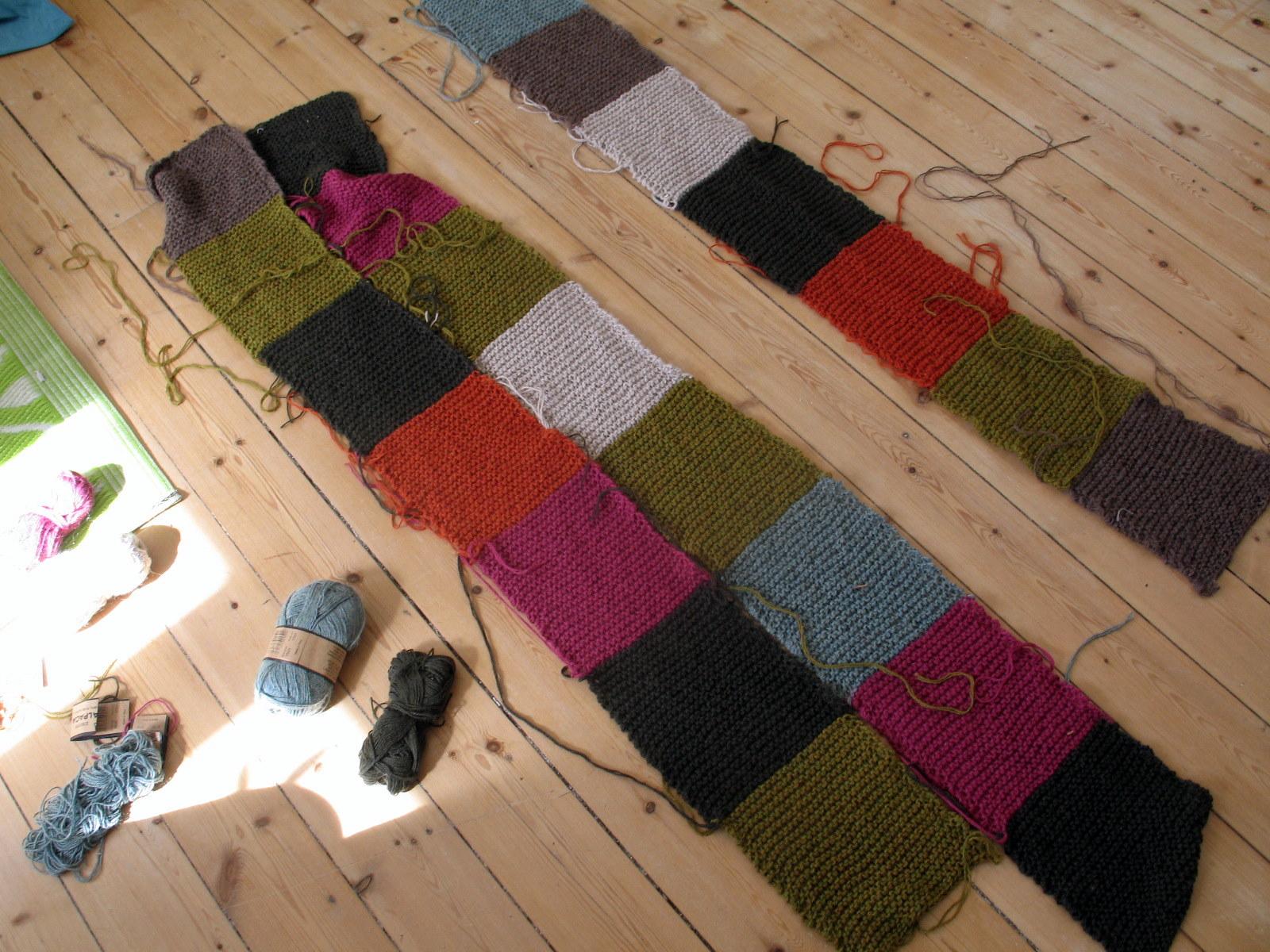 stort strik tæppe
