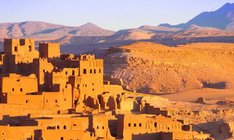 Voyage Sud Marocain : découvrir Montagnes et dunes colorées