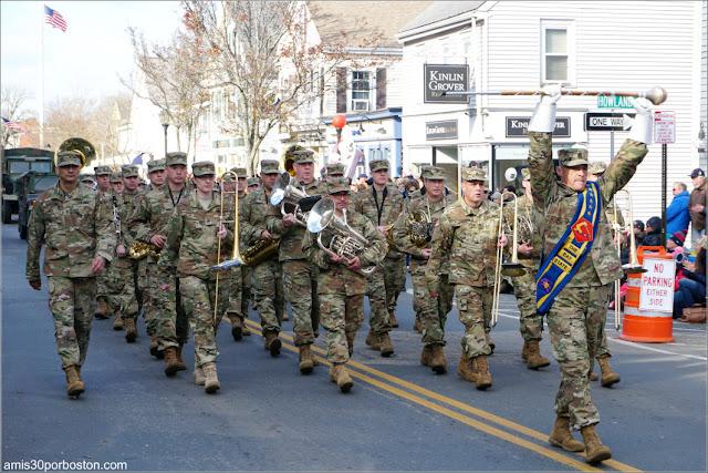 Banda de Música Militar en el Desfile de Acción de Gracias de Plymouth
