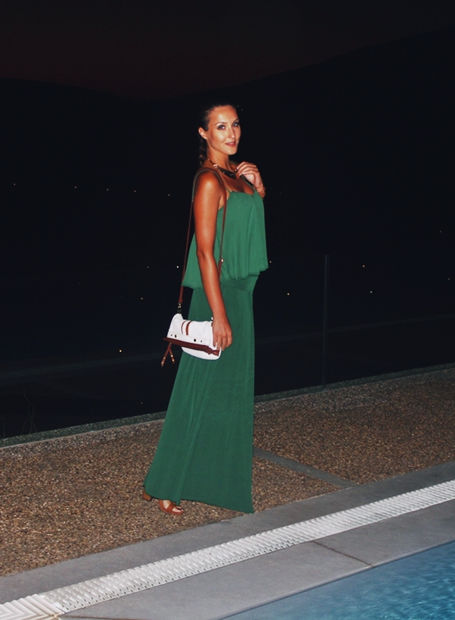 what to wear for a vacation in Greece, woman's outfit ideas
