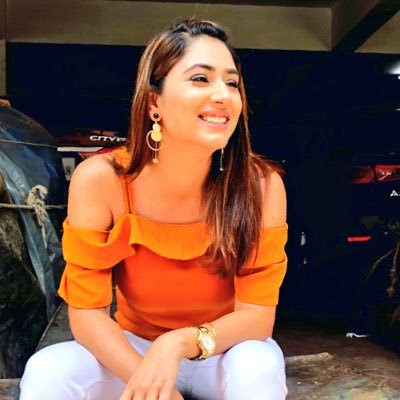 Disha Parmar Wiki, Height, Weight, Age, Husband, Family and Biography