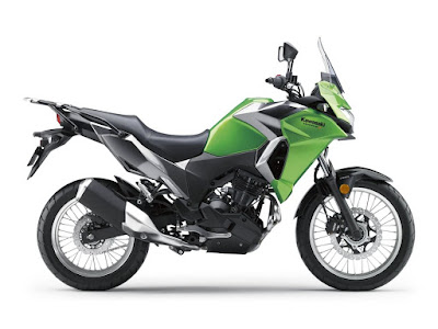 2017 Kawasaki Versys-X 300 side view image