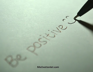 3 practical tips to transform negative mindset into positive thinking.