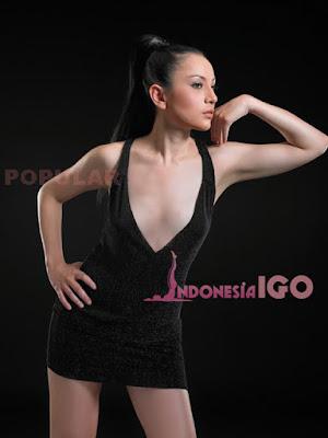 Delizious Devina DJ Sexy Model Popular Magazine