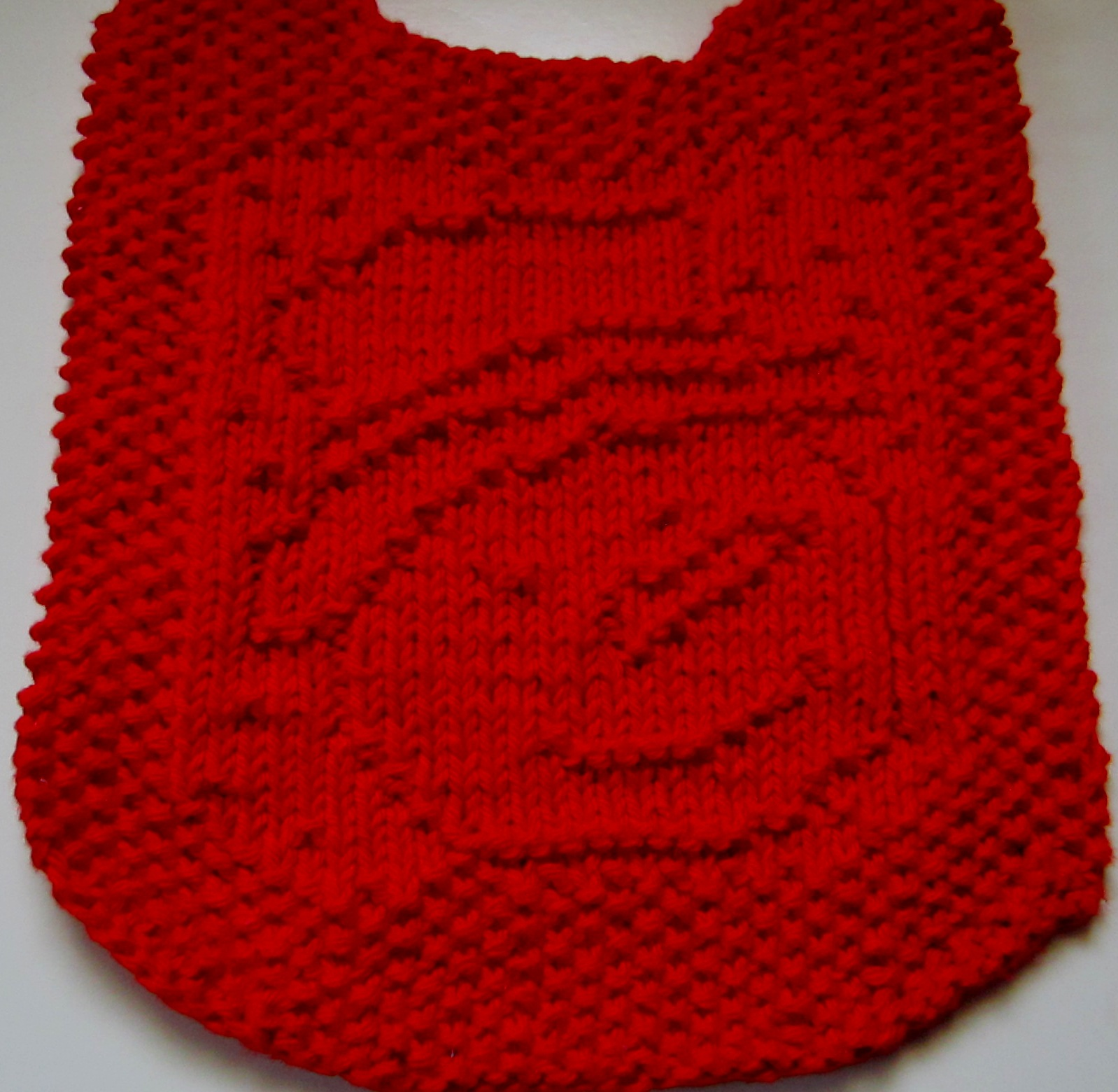 ffbad3abc Denise knit the blue bib pictured above. I knit it in red