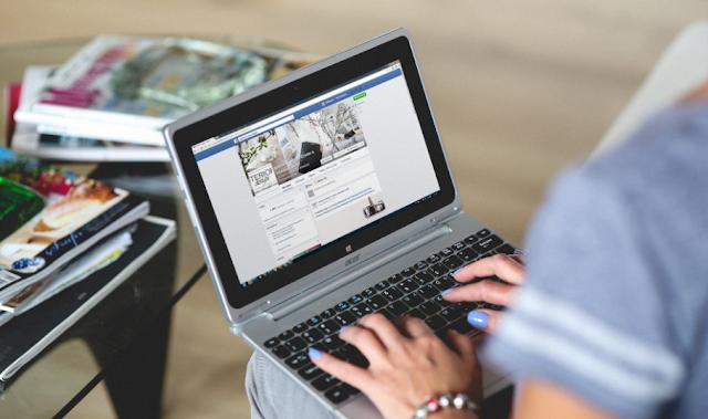 10 ways to make money with facebook