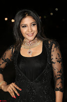 Sakshi Agarwal looks stunning in all black gown at 64th Jio Filmfare Awards South ~  Exclusive 128.JPG