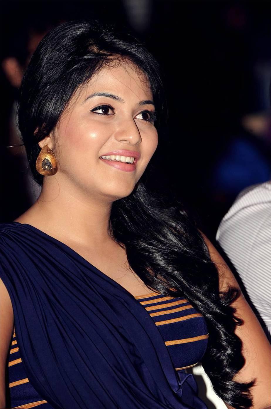 Actress Anjali Latest HD Images