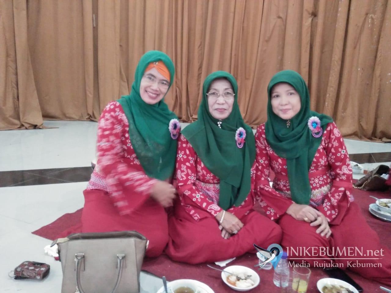 Nuryani Nashirudin, Istri Mantan Bupati Tetap Aktif Pimpin Grup Rebana